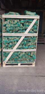 расколотые дрова
