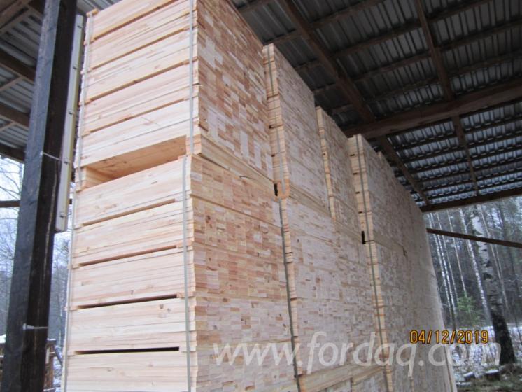 Fresh-Pine-Sawn-Lumber