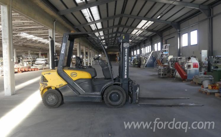 Vender-Empilhadeira-FIAT-XD-50-Usada-2011