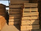 Fresh Sawn Oak Lumber, FSC, 27-50 mm
