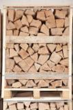 Pасколотые дрова