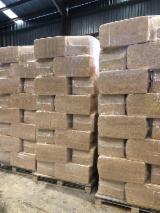 Vender Lascas Pinheiro Radiata Lugo Espanha