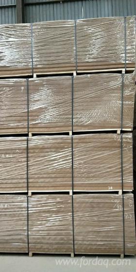 Vend-Panneaux-De-Fibres-Moyenne-Densit%C3%A9---MDF-2-8-mm