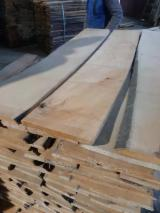 Hardwood  Unedged Timber - Flitches - Boules Kiln Dry KD - Unedged beech lumber 22-50 mm KD