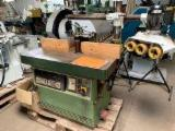 Machines, Ijzerwaren And Chemicaliën - For sale: Spindle mouling machine - GUILLIET