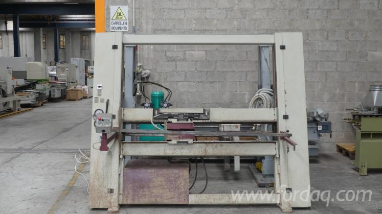 Selling-Used-Strettoio-Carcase