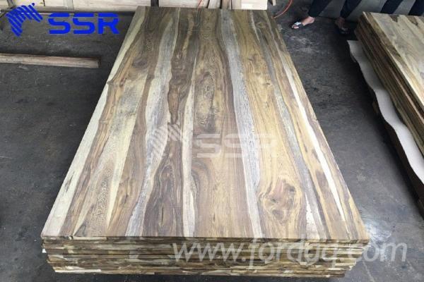 Afrikanisches-Laubholz--Massivholz