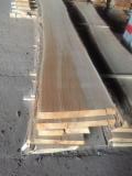 Hardwood Lumber Loose For Sale - Shipping Dry Oak Loose, 22-65 mm