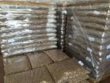 Vender Agripellets (pellets De Resíduos Agrícolas) Abeto , Abeto - Whitewood Ucrânia