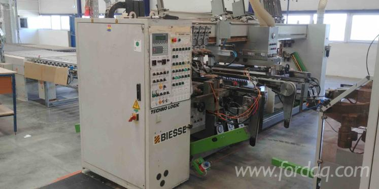 Throughfeed-Drilling-Machine---25-heads-Biesse-Techno