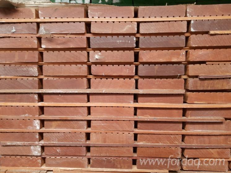 35x145-mm-Bangkirai-AD-Terrassendielen-glatt-grob-Standard--