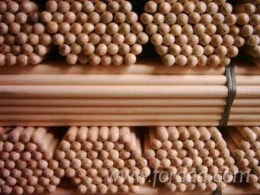 Kiln-Dried-Hardwood-Broom-