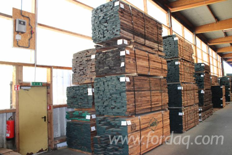Black-Walnut-Planks-%28boards%29--1-common