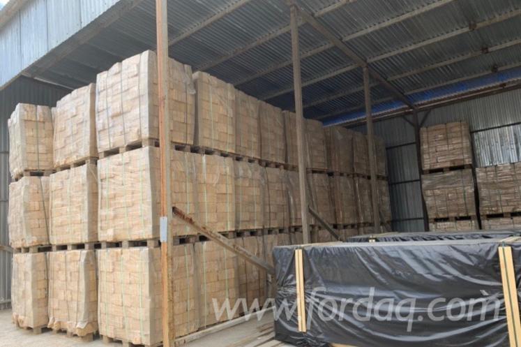 Vender-Briquets-De-Madeira-Abeto---Whitewood