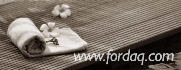 Vender-Decking-Anti-derrapante-%281-Lado%29-Bangkirai