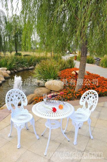 Cast-Aluminum-Garden-Furniture-Patio-Bistro