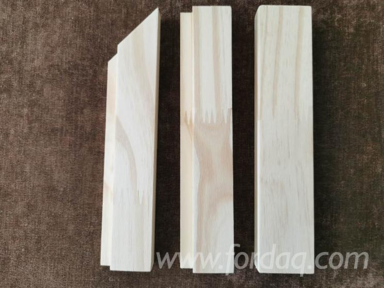 Pine-wood-finger-jointed-mouldings-with