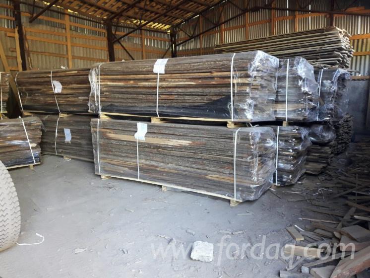 Selling-Loose-Oak-Lumber