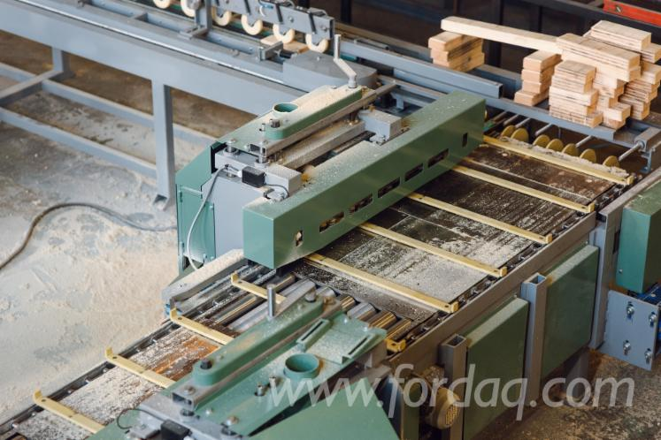Tenon-Cutting-Line-of-the-Continuous-Type-