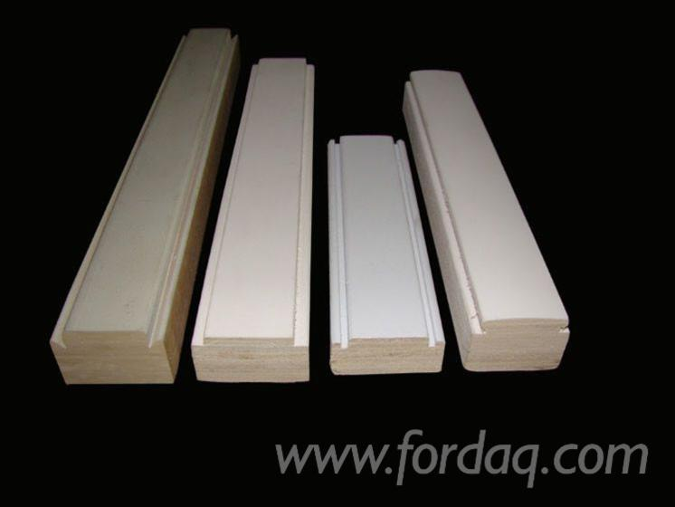 Decorative-white-gesso-primed-or-unprimed-Poplar-LVL-wooden-customized-mouldings-with