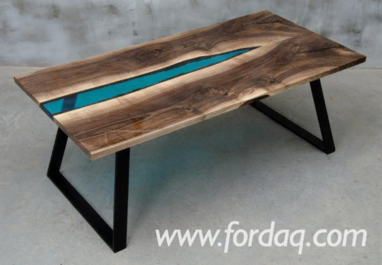 Buying-Epoxy-Resin-Tables