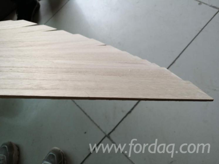 FSC-Paulownia-Thin-Wood-Sheets-for-Laser