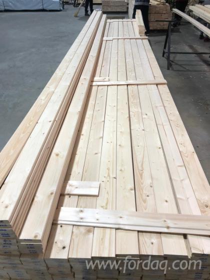 Selling-Pine-Spruce-Mouldings