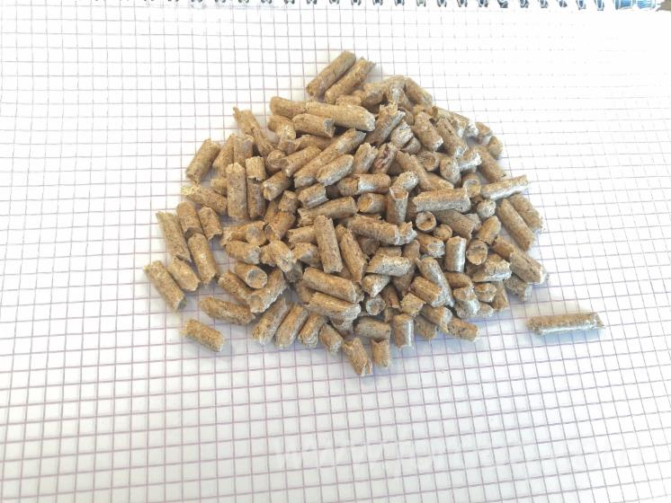 Vend-Granul%C3%A9s-Bois-Epic%C3%A9a-De-Sib%C3%A9rie