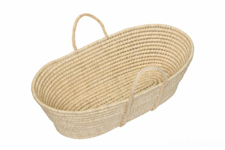 Wicker-Corn-Leaf-Baby-Cribs
