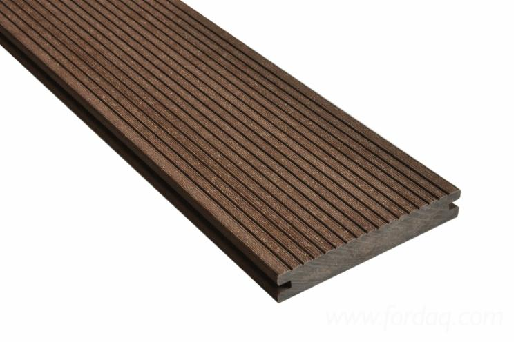 Decking-Board-Made-of-Wood