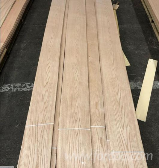 Red-Oak-Veneer-with-Flat-Cut
