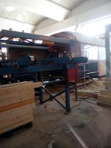 null - Gebraucht Hundegger K2 5 ASSI 2003 CNC Bearbeitungszentren Zu Verkaufen Italien
