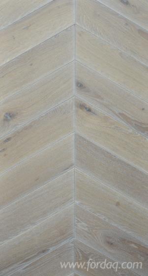 FSC-CHEVRON-30%C2%B0--Oak-Flooring