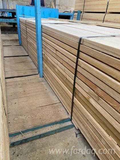 FS-Siberian-Larch-Edged-Lumber