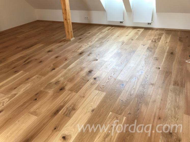 Oak-Engineered-Transparent-Flooring