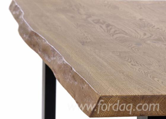 Tischplatte-aus-Eichenholz-mit-lebender