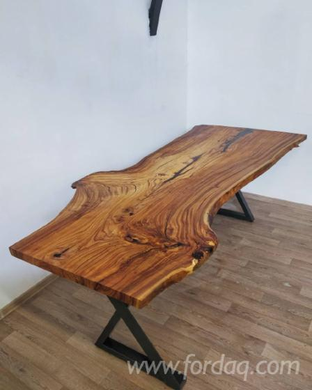 Elm-Dining-Tables-with-Epoxy