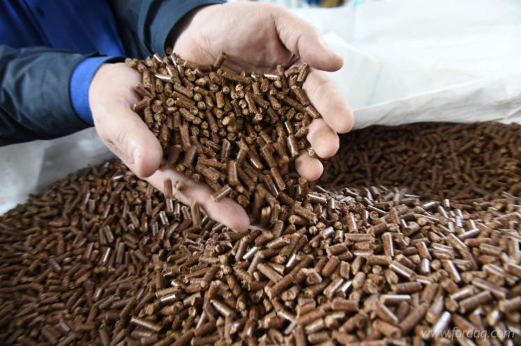 Siberian-Larch-Wood-Pellets