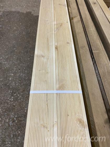 Birch--Oak-Anti-Slip-Terrace-Boards