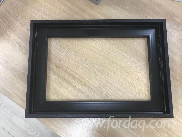 Polystyrene-Photo-Frame-with-Foam