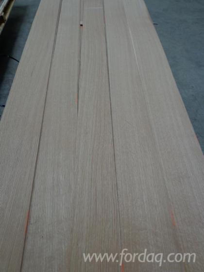 Flat-Cut-White-Oak-Natural-Veneer