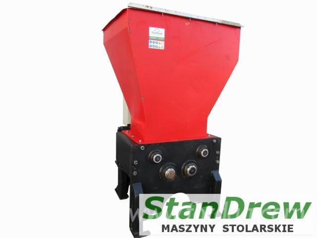 Vender-Trituradoras---Lascas-E-Serragem-UNTHA-RS-30-4S-Usada