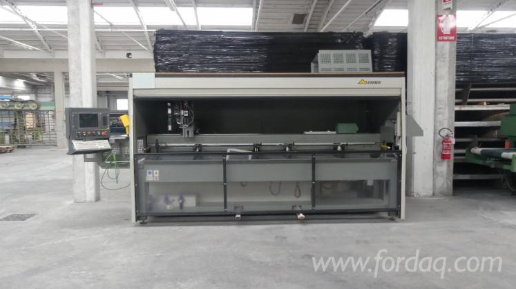 Vender-Centro-De-Usinagem-CNC-Emmegi-Phantomatic-Isola-T3-Usada-2002