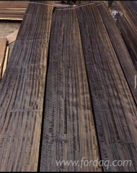 Naturfurnier--Eukalyptus--Gemessert