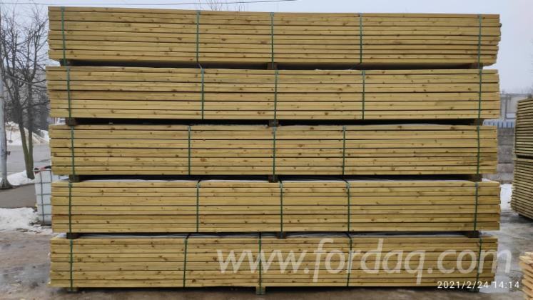 Dry-%28KD%29-Spruce--Pine-Lumber