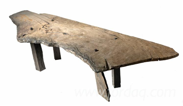 WABI-SABI-Stool-Made-of-Bog
