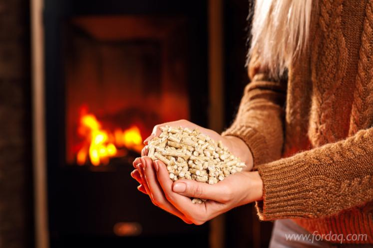 Wood-Pellets-The-White-Wolf-ENplus
