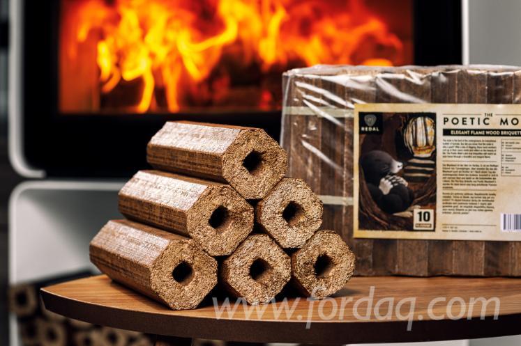 Pini-kay-briquettes-de-bois-The-poetic