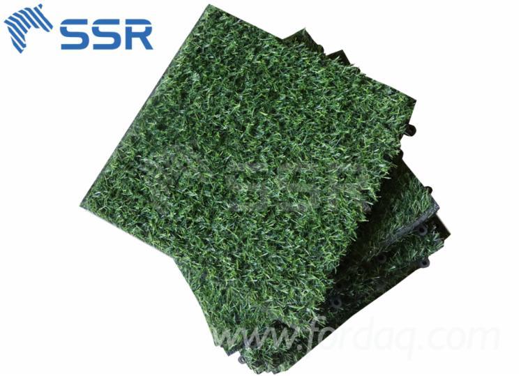 Artificial-Grass-Deck-Tiles-Garden
