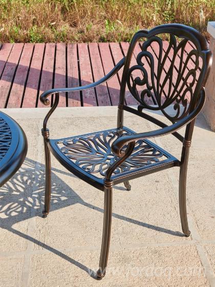 Moistureproof--Garden-Furniture-with-4